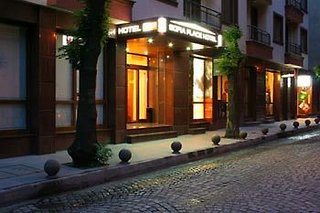Sofia Place