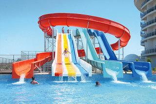 Sea World Resort & Spa, Pool