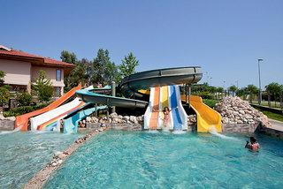 Club Grand Side, Pool